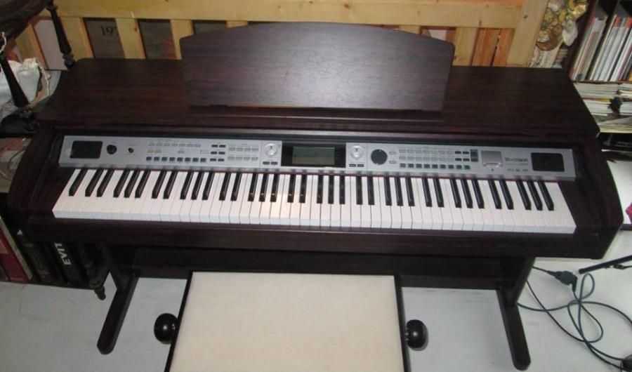 sp cialiste en r novation et r paration des pianos roland. Black Bedroom Furniture Sets. Home Design Ideas